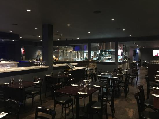 jd bar and grill reviews